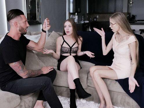 Девушка наблюдает, как парень шпилит киску родной сестры и доводит до оргазма